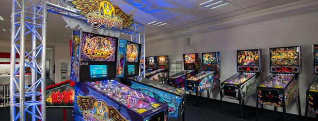 Pinball-universe-showroom1